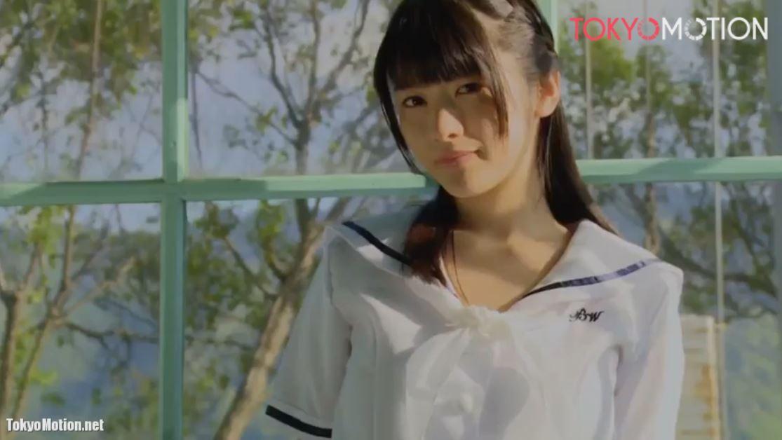 《鉄子イメージビデオ》『セーラー服を着た超美形少女IV』白く透明感のある柔らかそうなおっぱい♡