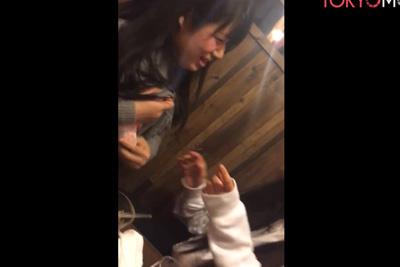 素人JK泥酔して自慢のFカップ美乳を友達に舐めさせるww 【個人撮影 スマホ動画】