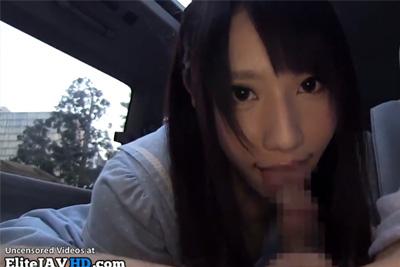 《個人撮影》アイドル顔負けのめちゃカワ女子校生に車内でプチ円光♪バキュームが凄すぎるwww