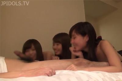 《個人撮影》衝撃!ザーメンを口移しし合う素人JKww友達と円光する少女はネジ外れとるww