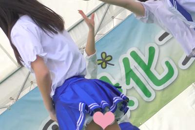 【JKアイドル パンチラ】4K高画質&ローアングルパンチラキター!!!www 問題のシーン3:05