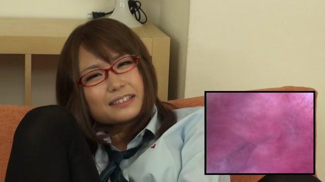 ④美少女JKにカメラ付きバイブで膣の中を見せてもらいながらオナニーさせてみたww
