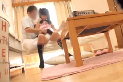 「触ってもいいよ?」家庭教師可愛く誘惑する女子校生に理性崩壊w親が来ないかビク付きながら部屋で犯すww