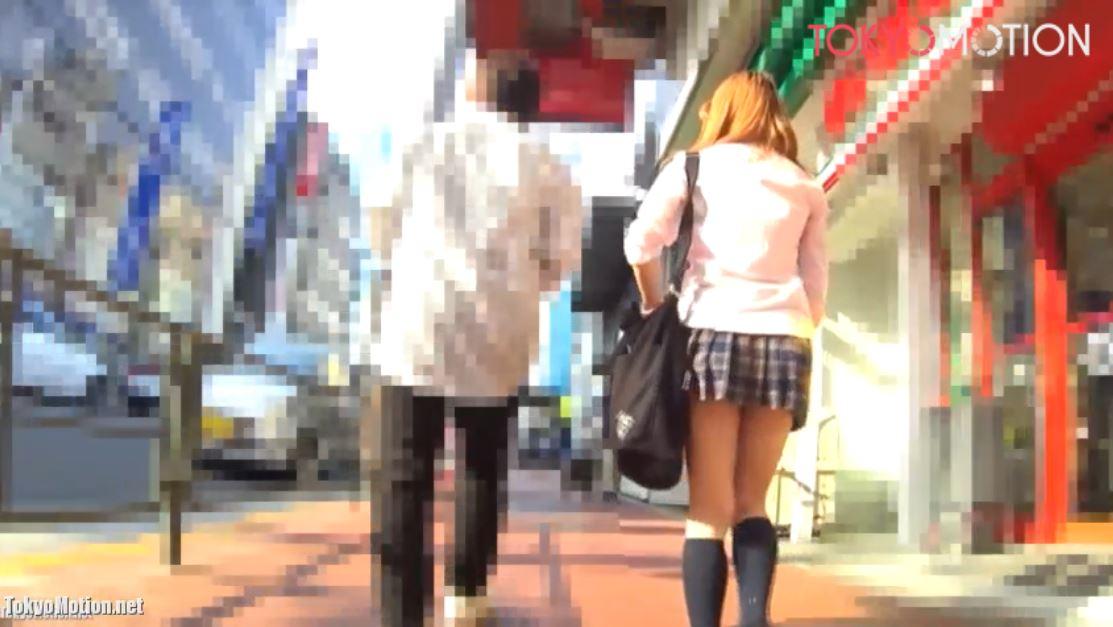 《女子校生パンティ逆さ盗撮&痴漢》『茶髪制服ギャルJKが彼氏にバス停まで送ってもらったあとの悲劇』